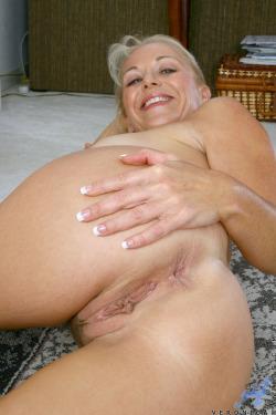 chaude cougar sexe en photo 179