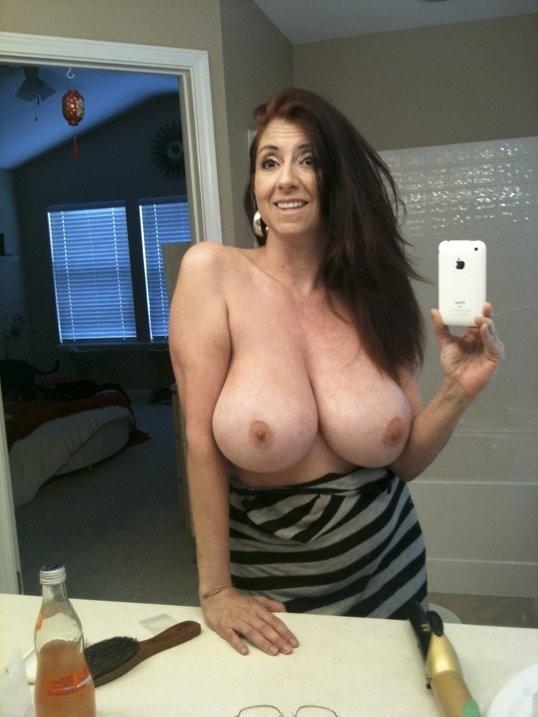 plan sexe avec maman salope du 40