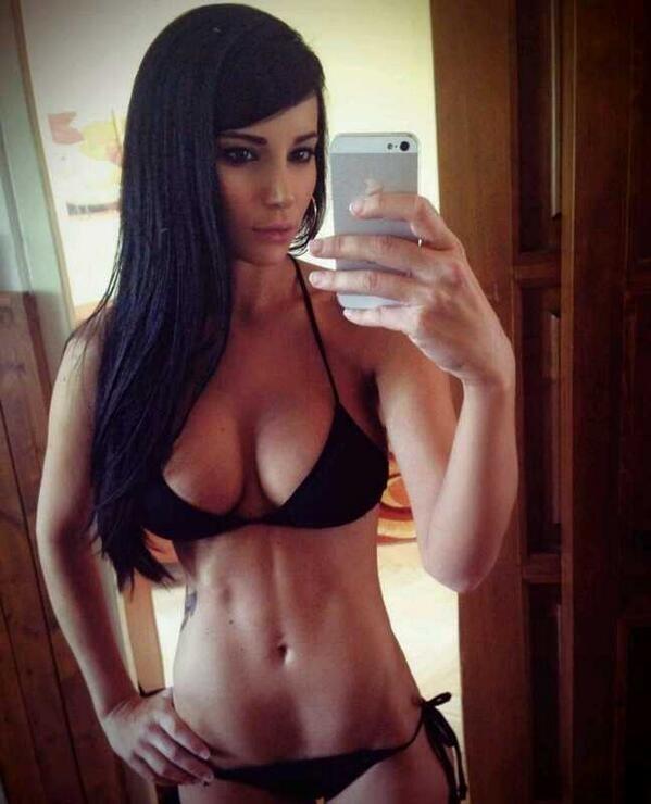 Hot femme sexy 39 à poil