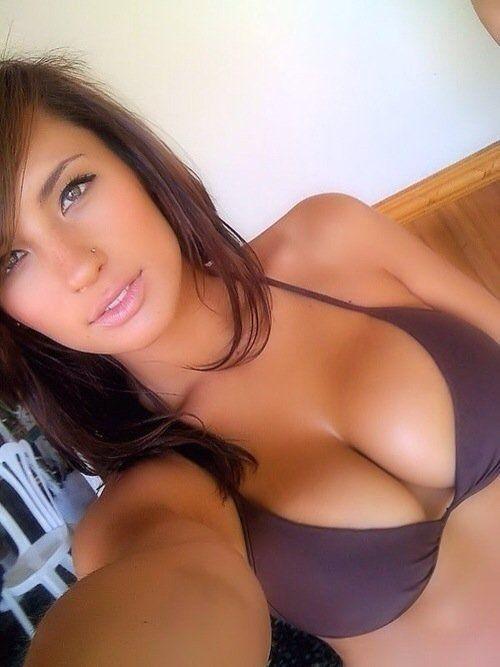 Hot femme sexy 42 à poil