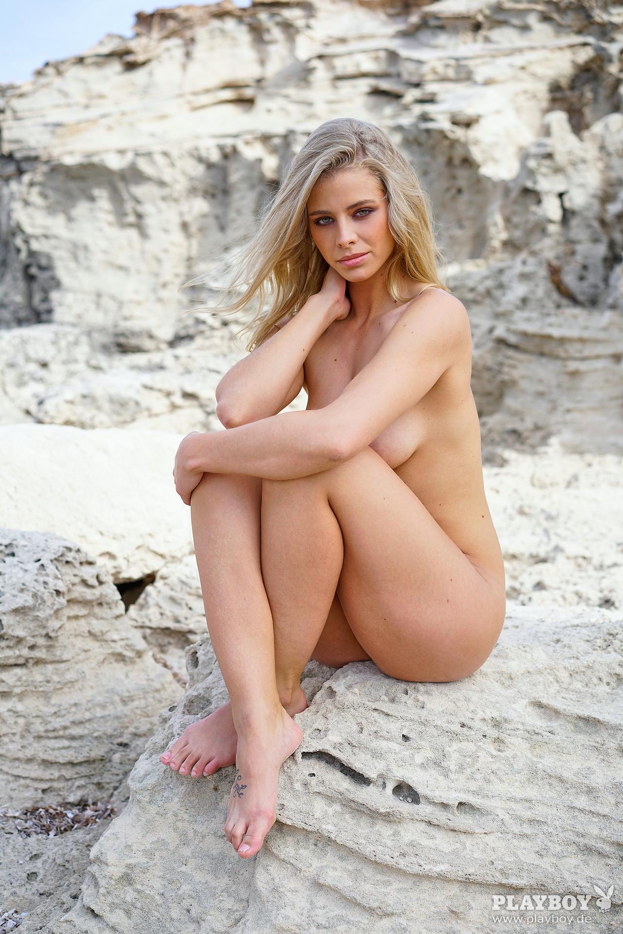 fille sexy donne photo pour plan cul sur le 59