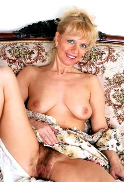 pour amateur de cougar sexy en photo 076